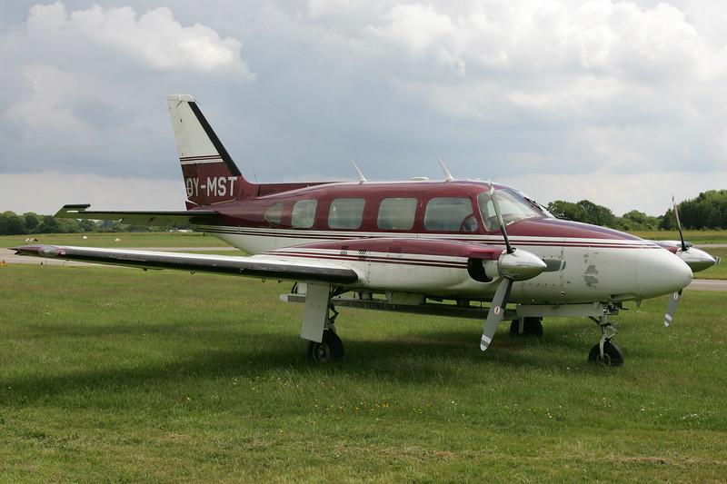 OY-MST-PiperPA-31-310NavajoB-Private-EKVD-2004-06-21-GJ7I2433-DanishAviationPhoto.jpg