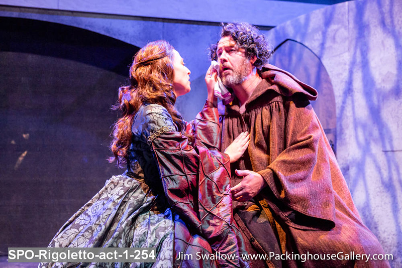 SPO-Rigoletto-act-1-254.jpg