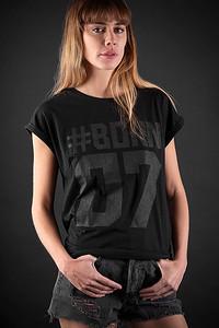 P7_WomanGShirt
