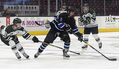 Middies miss mark in loss to Strongsville at the Q