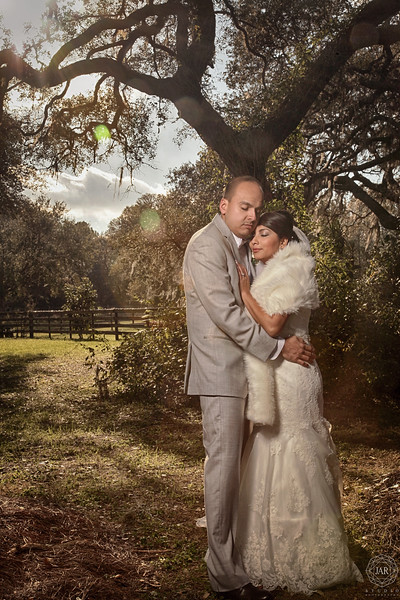 12-bride-groom-romantic-moment-sunset-isola-farms-jarstudio.jpg