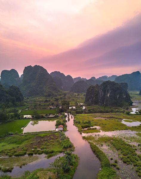 Vietnam Ninh Binh_Panorama1.jpg