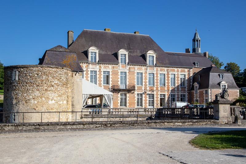 Chateau d'Étoges