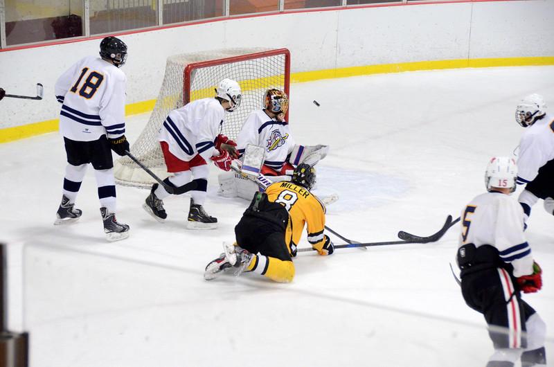 141004 Jr. Bruins vs. Boston Bulldogs-249.JPG