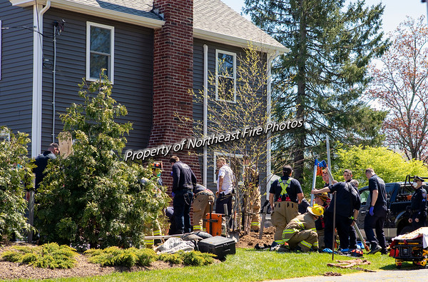 Cranston- Trench Collapse- Wilbur Avenue 05/05/2020