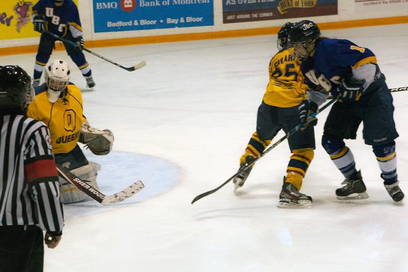 20130310 QWHockeyvsUBC 712.jpg