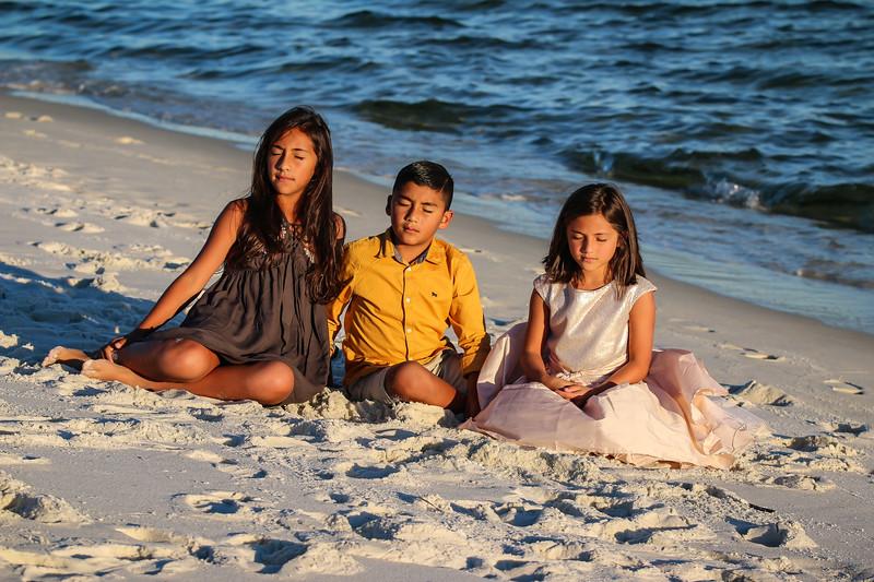 Carmona Family 11.3.18 (48 of 173).jpg