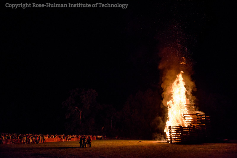 RHIT_Homecoming_2017_BONFIRE-21685.jpg
