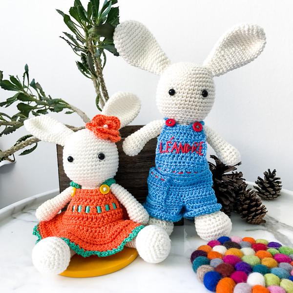 Crochet_Bunny_Pair.jpg