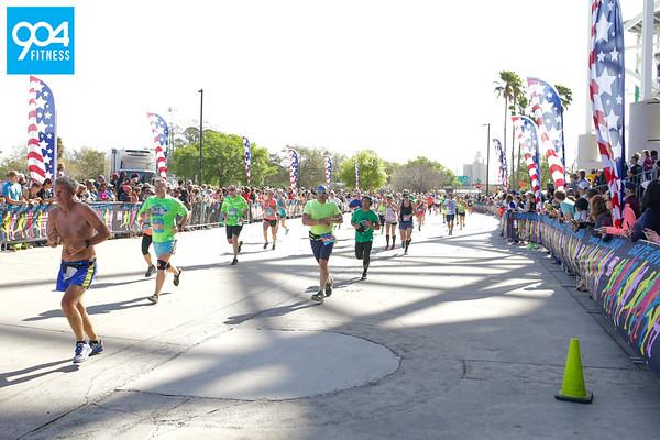Gate River Run Finish SE