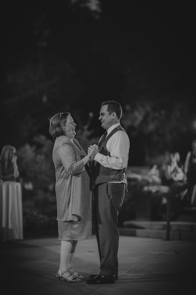 Amy+Andy_Wed-0615 (2).jpg