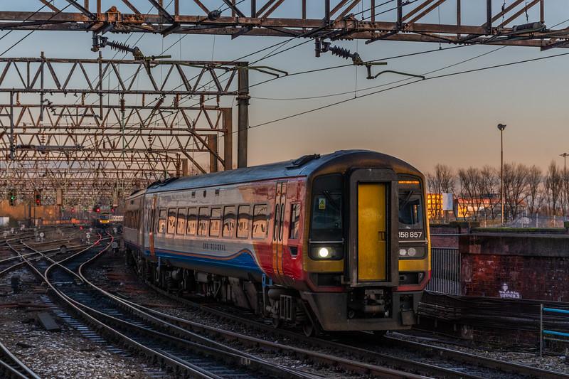 158857 (EMR Regional), Manchester Piccadilly