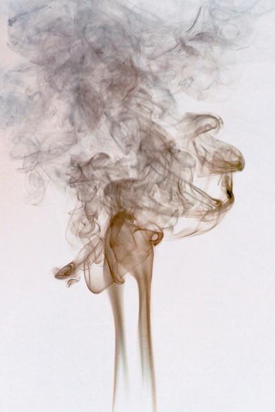 Smoke Trails 5~8676-1ni.
