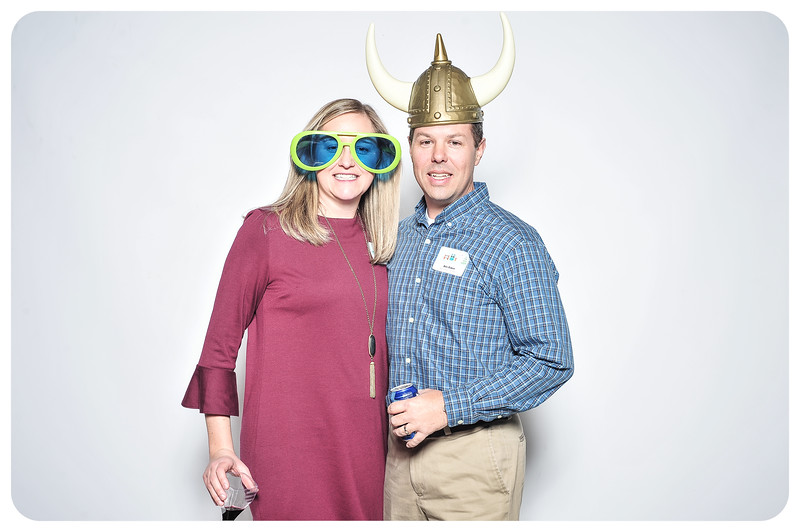 Champlin-Holiday-Photobooth-20.jpg