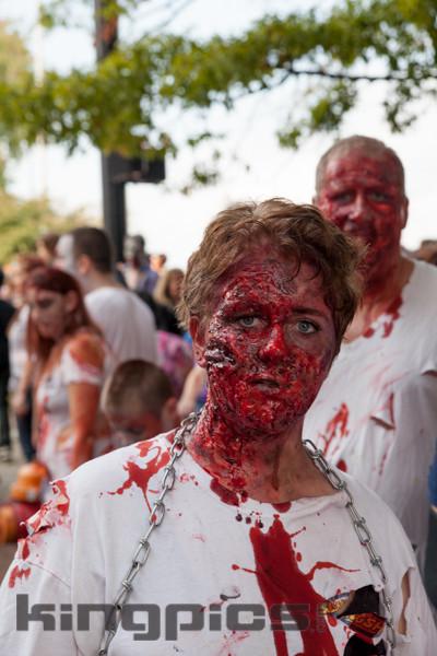 ZombieWalk2012131012006.jpg