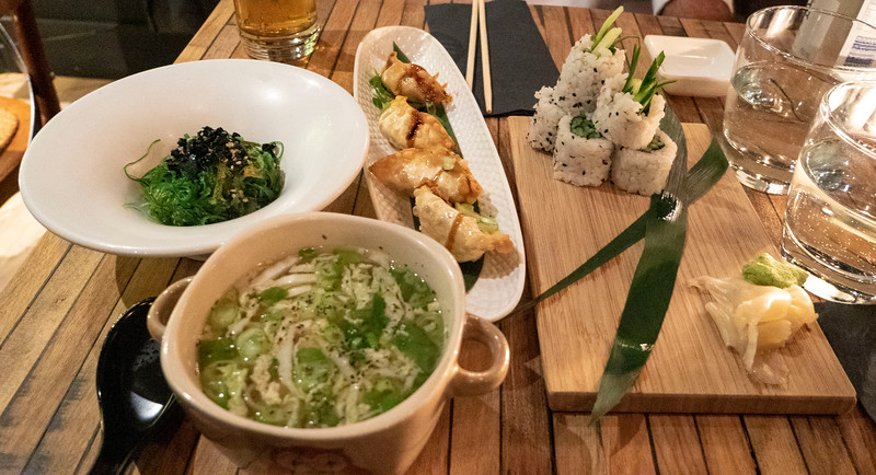 Mont-Tremblant-Quebec-Restaurant-Samurai-Sushi-Pub-04.jpg