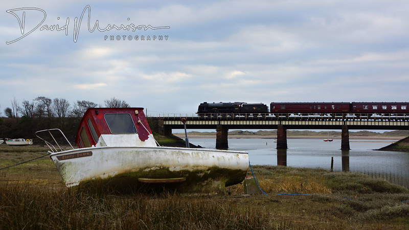 Trains 005.jpg