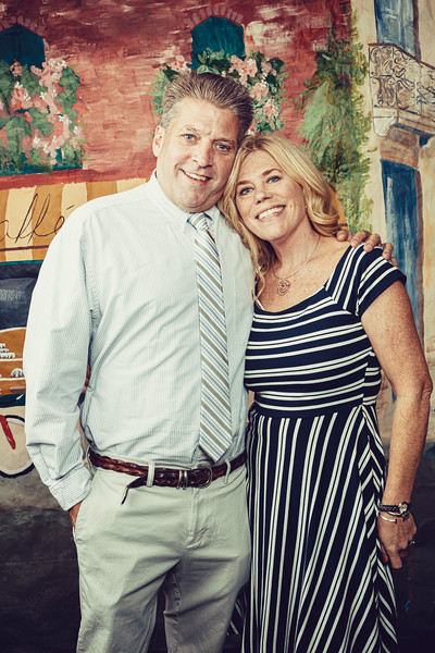 Mike Maney_CB Cares Celebrity Waiters 2019-37.jpg