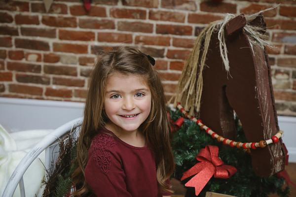 Megan {Christmas Mini 2018}