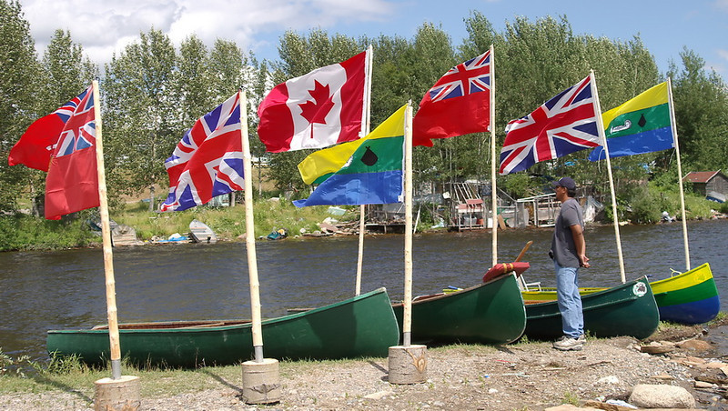 IMGP2967_canoes_flags_2_resize.jpg