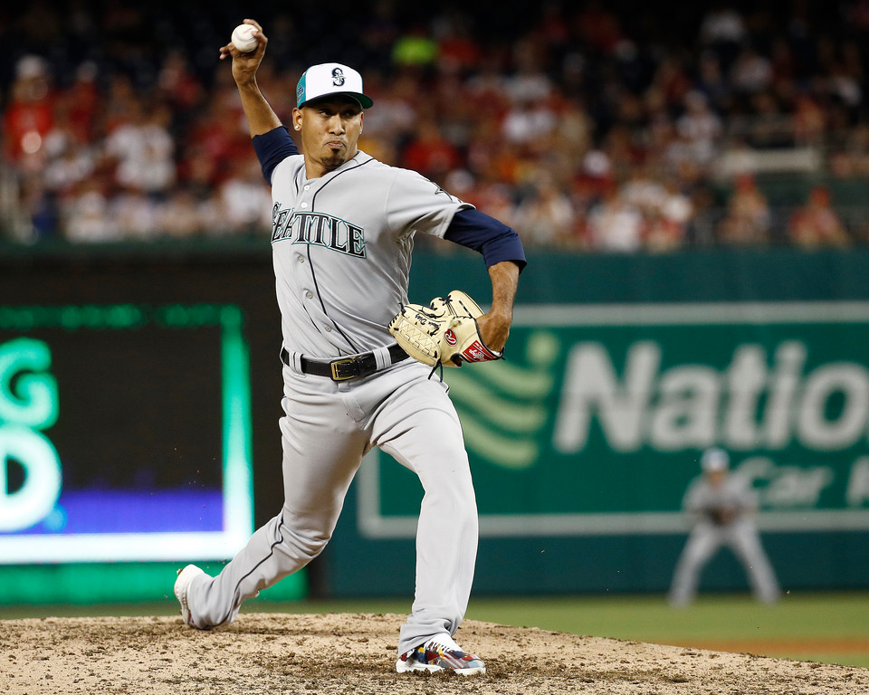 . Seattle Mariners pitcher Edwin Diaz (39) throws in the ninth inning during the Major League Baseball All-star Game, Tuesday, July 17, 2018 in Washington. (AP Photo/Patrick Semansky)