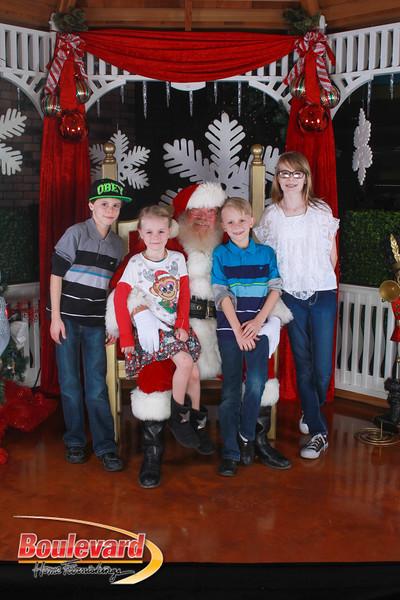 Santa 12-17-16-274.jpg