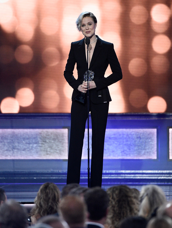 """. Evan Rachel Wood accepts the award for best actress in a drama series for \""""Westworld\"""" at the 22nd annual Critics\' Choice Awards at the Barker Hangar on Sunday, Dec. 11, 2016, in Santa Monica, Calif. (Photo by Chris Pizzello/Invision/AP)"""
