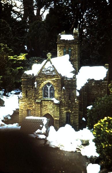 1960-1-17 (7) Model Village @ Beaconsfield, England.JPG