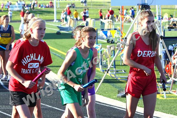 2011 06 02 Girls 4 x 800m Relay Finals