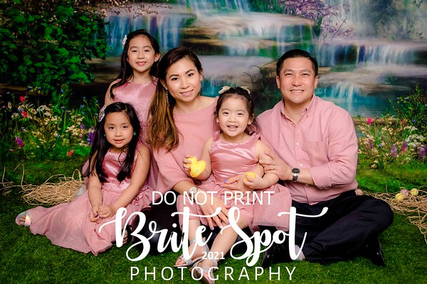 Tran, Vicky EASTER FAMILY 2021