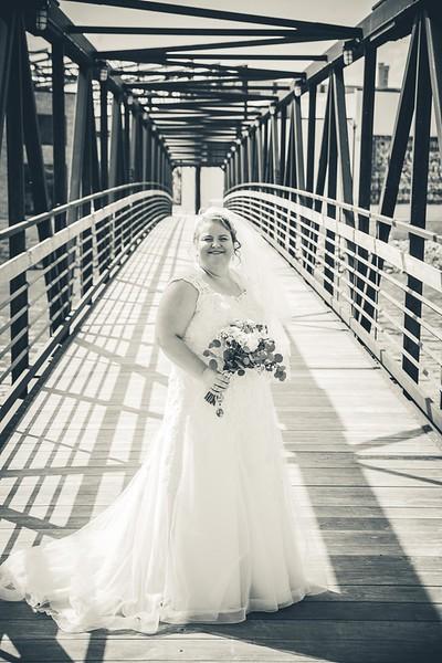Beloit-WI-Ironworks-hotel-Wedding-Photographere_m_43.jpg