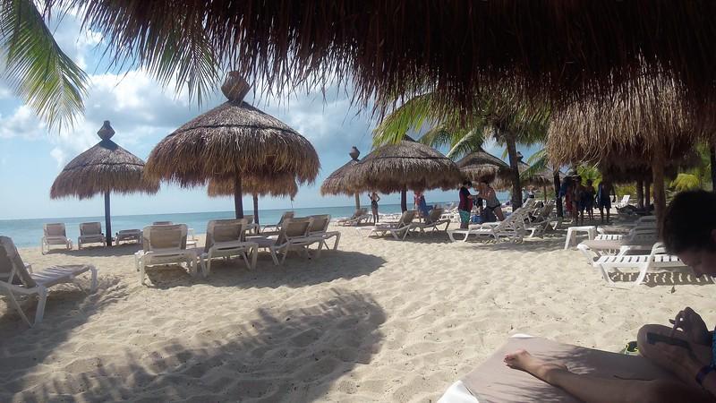 Cozumel Beach2.jpg