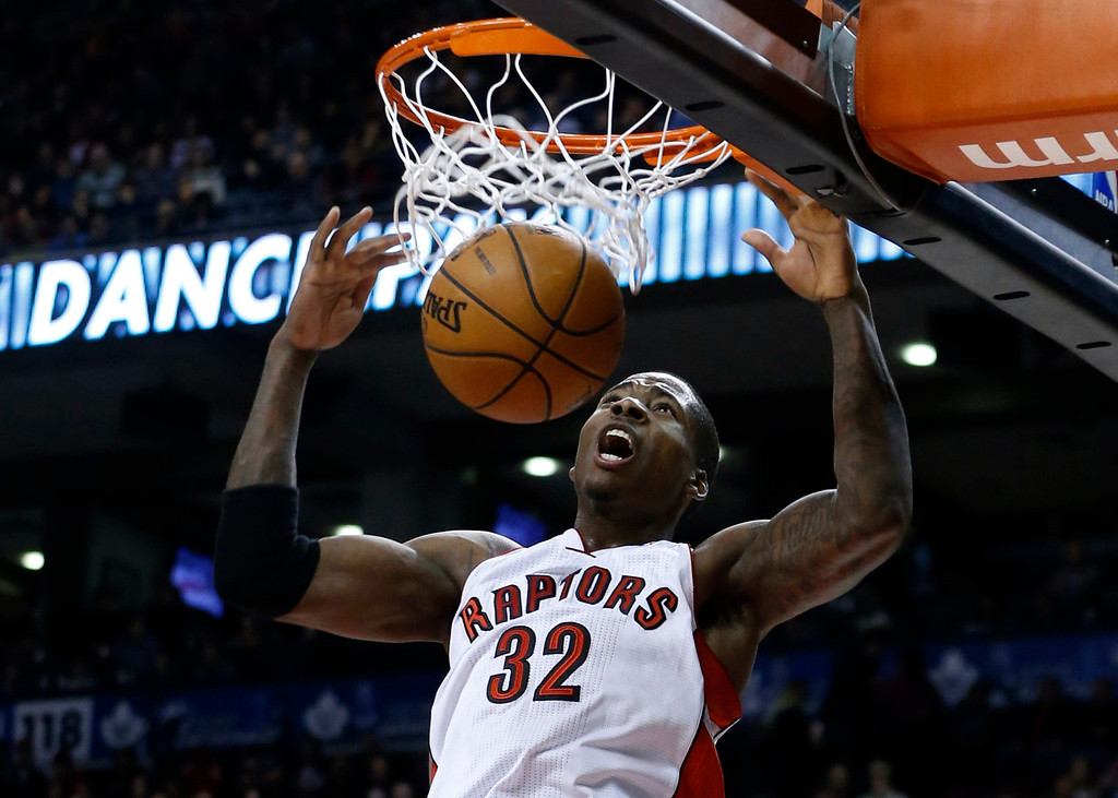 . Toronto Raptors\' Ed Davis goes up for a slam dunk against the Los Angeles Lakers during the second half of their NBA basketball game in Toronto, January 20, 2013. REUTERS/Mark Blinch