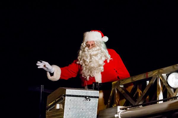 12/17 CHRISTMAS PARADE