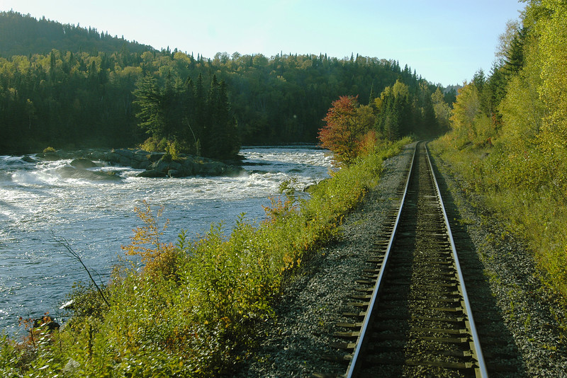 """<html><span class=fre>Retour à Montréal via le train """"le Saguenay""""</span> <span class=eng>Return home on """"le Saguenay"""" train</span> </html>"""