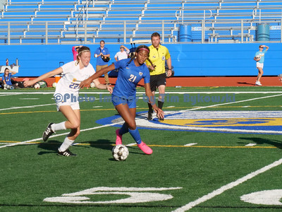 Girls soccer vs Wayzata 9-22-21