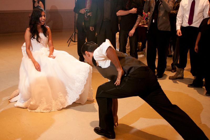 2011-11-11-Servante-Wedding-718.JPG