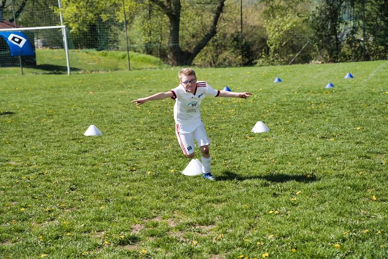 hsv-fussballschule---wochendendcamp-hannm-am-22-und-23042019-y-33_40764459533_o.jpg