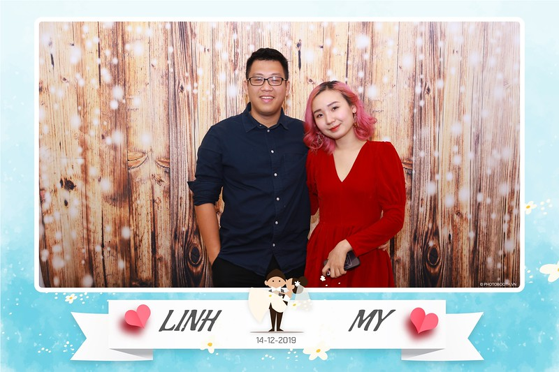 Linh-My-wedding-instant-print-photo-booth-in-Ha-Noi-Chup-anh-in-hnh-lay-ngay-Tiec-cuoi-tai-Ha-noi-WefieBox-photobooth-hanoi-101.jpg