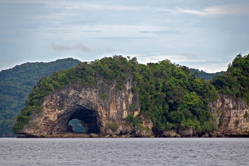 Rock Island Cave - Palau