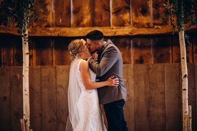 Aprille + Brock Sneak Peaks! | Sheboygan Wedding Photography