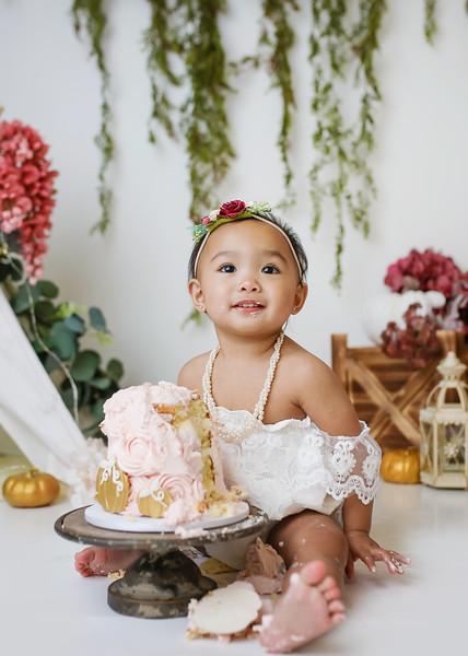 CUTE-newport-babies-photography_pumpkin_cakesmash-6929-Edit.jpg