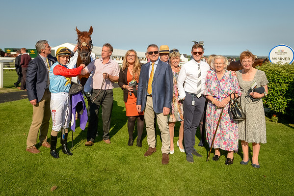 The Listers Mercedes Benz Of Hull Handicap Stakes