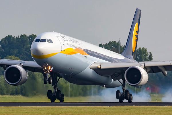 VT-JWU - Airbus A330-302