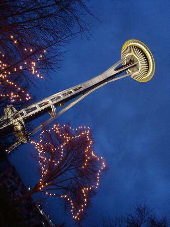 <b>Nov. '08: Sisters in Seattle</b>