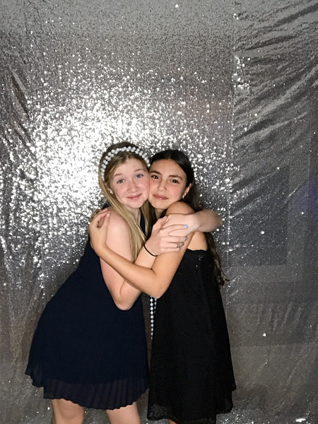 Hannah_and_Sophie_COHEN_1116_photo_43.jpg
