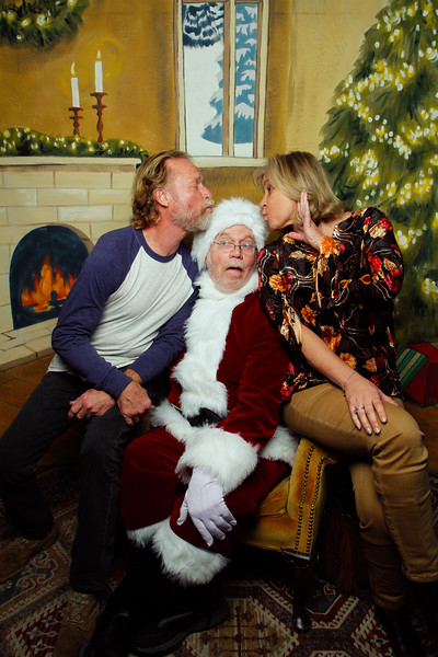Pictures with Santa Earthbound 12.2.2017-147.jpg