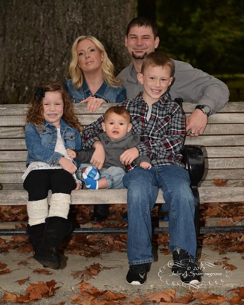 a family JE2_0824.JPG