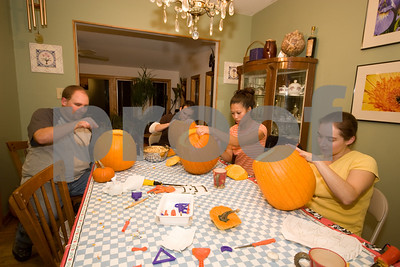 2007 Pumpkin Carving