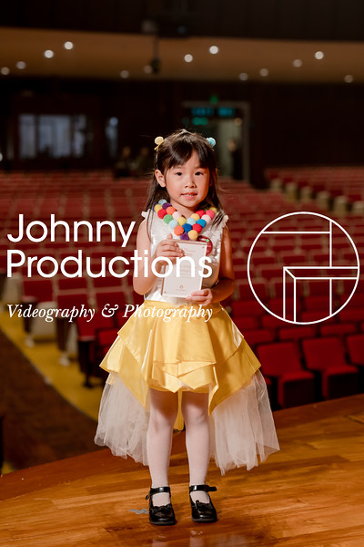 0058_day 1_award_red show 2019_johnnyproductions.jpg